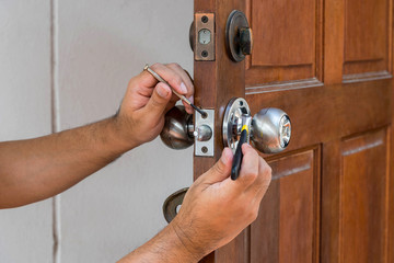 porte fermée à clé